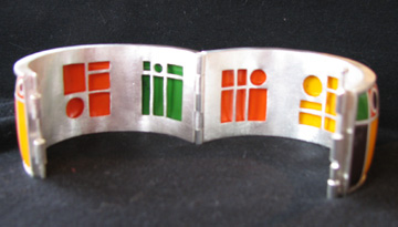 open-bracelet.jpg